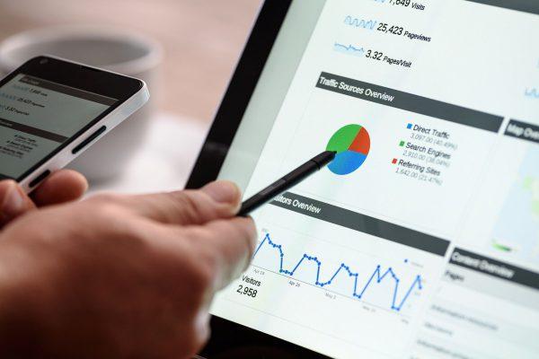 Schakel een online marketing bureau in!
