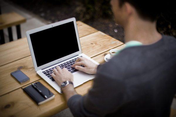 Gemakkelijk online geld verdienen